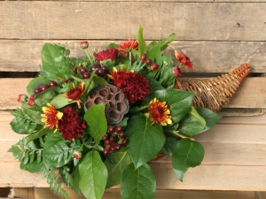 Thanksgiving Arrangement Workshop